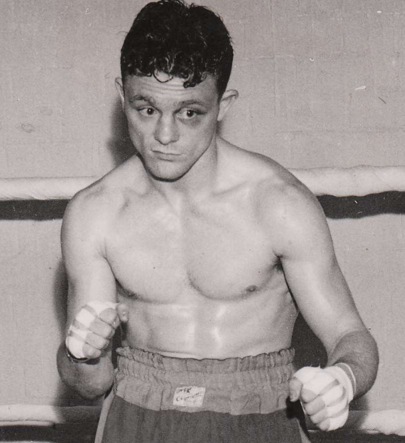 Denny Dawson (Sheffield) Northern Area flyweight champion 1953