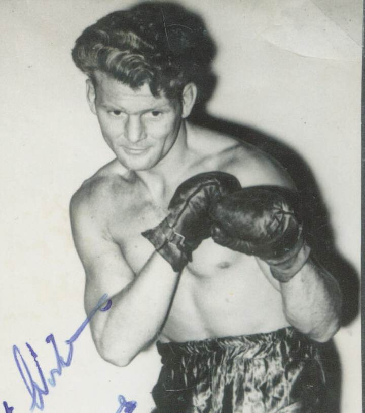 Gwyn Williams (Pontycymmer) Welsh Area welterweight champion 1945-48