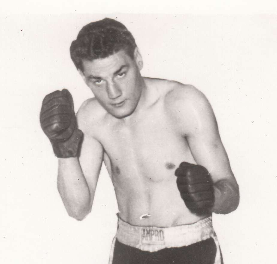 Lew Lazar (Aldgate) Southern Area middleweight champion 1955